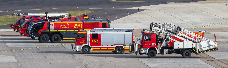 Feuerwehr am Flughafen Düsseldorf International by avda-foto - Lizenz CC BY-SA 2.0